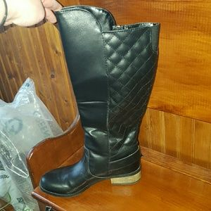 20a1030450d14 jcpenney Shoes - Black quilted riding boots